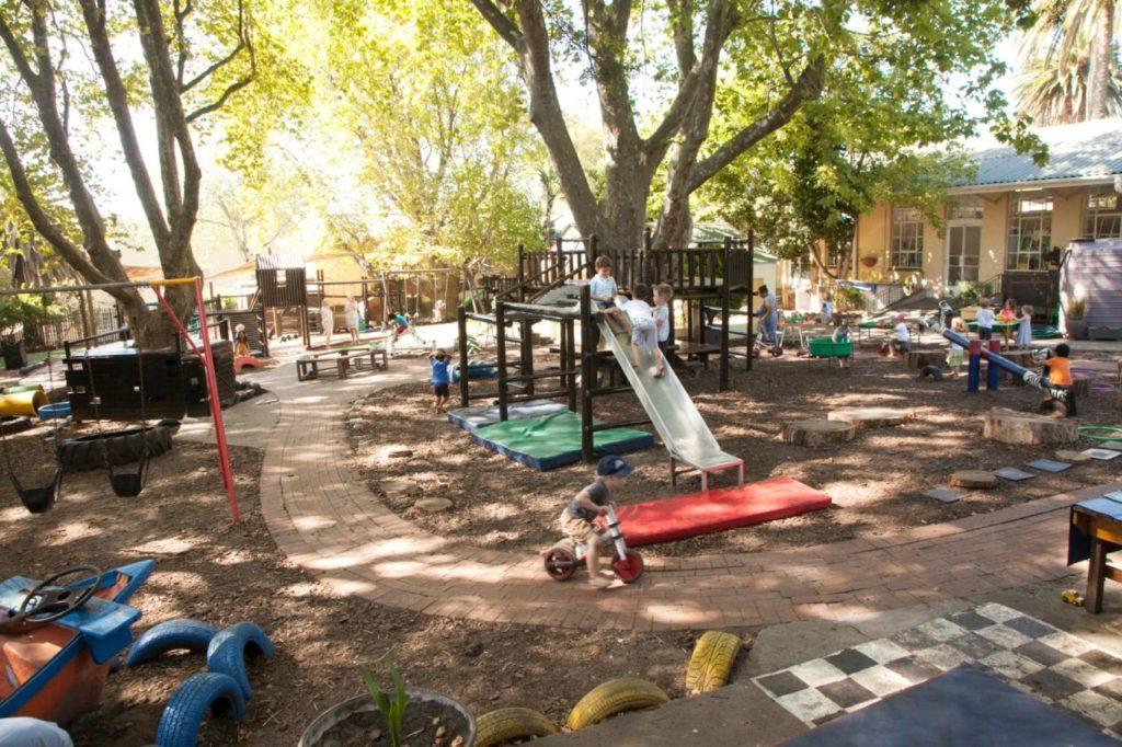 Outside play area (2)