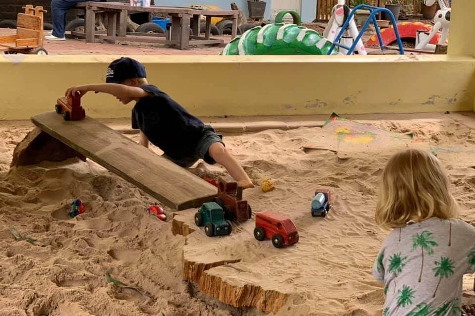 Outside play area (7)